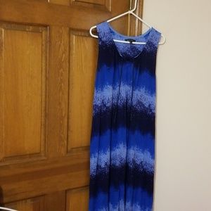 Ellen Tracy XL tie dyed sleeveless sun dress, blue